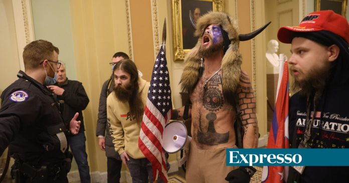 The horned man who attacked the Capitol was arrested with violent entry