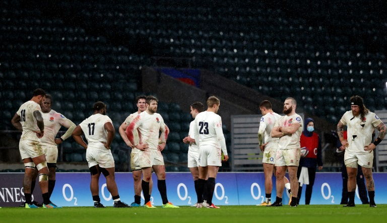 English rugby players, following their defeat against Scotland (11-6), at the end of their match of the Six Nations tournament, on February 6, 2021 in Twenheim