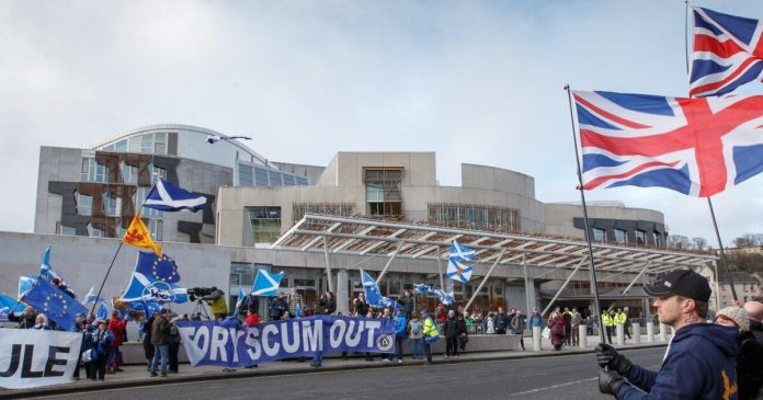 Britain struggling with the return of Scottish independence