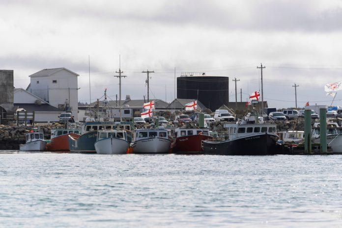 Conflict between commercial and domestic fishermen.  Mediator seeks to ease tensions in Nova Scotia