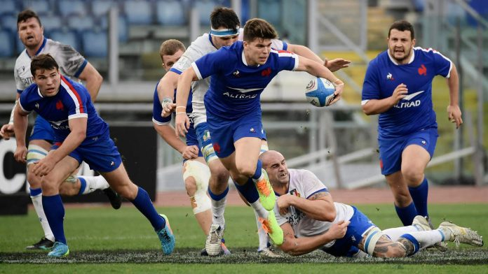 France crushes Italy, Scotland achieves in England