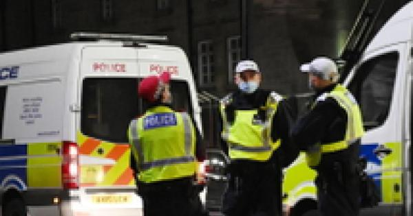Gb: Stabbing in Scotland, dead person in wheel of vehicle