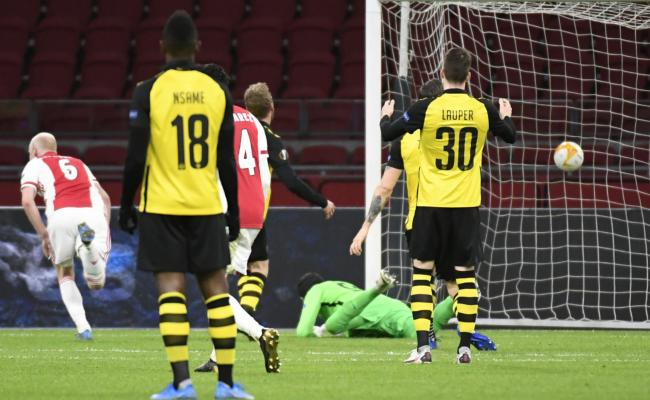 Europa League - 8th - Ajax one step away from qualification, in friendly waves Villarreal, Rangers and Slavia Prague neutralize each other