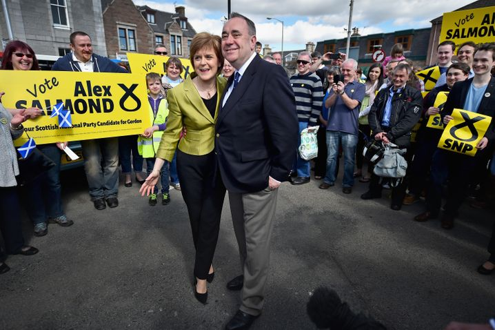 Side by Side for Freedom and the SNP: Sturgeon and Salmond in April 2015