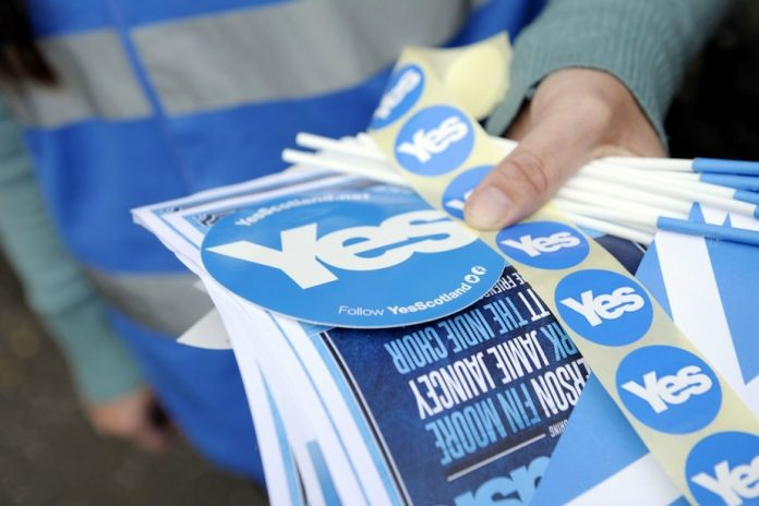 Elections in Scotland |  Scottish National Party promises new independence referendum