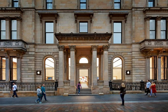 Anti-racism: Apple renamed to store in Scotland