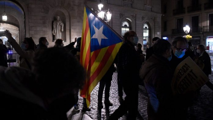 European Union: Immunity removed from Catalan MEPs