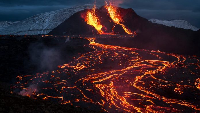 A new crack has opened in Iceland's volcano