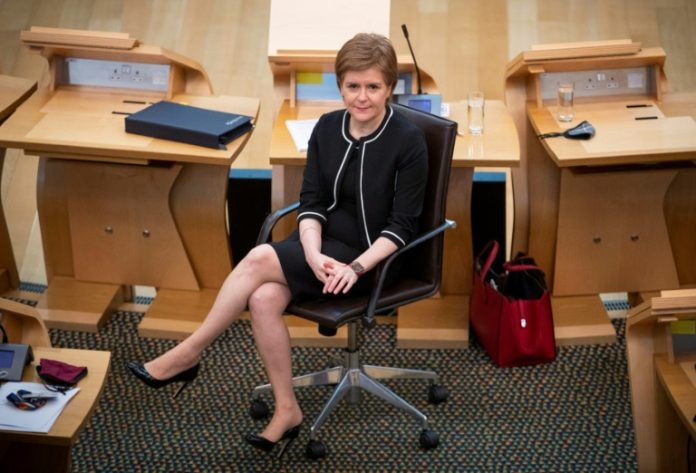 Scottish Prime Minister saves his post for elections