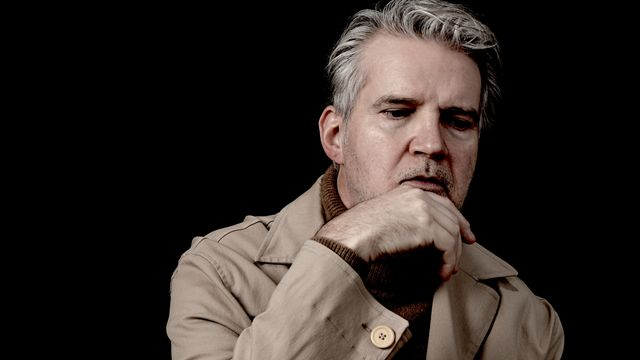 Issues - Make Old to New: Lloyd Cole, Travis, The Apartment