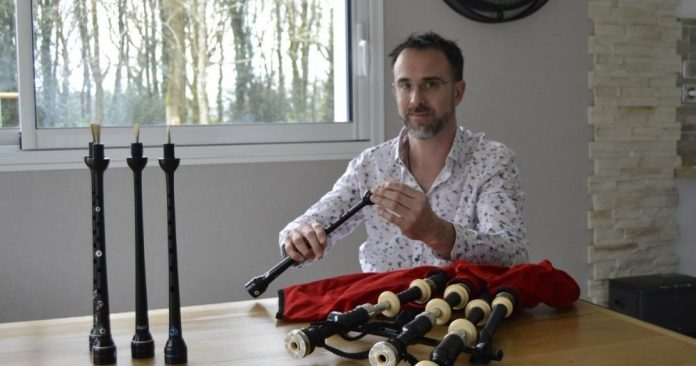 Sharing the bagpipe between Scotland and Brittany - Carhaix