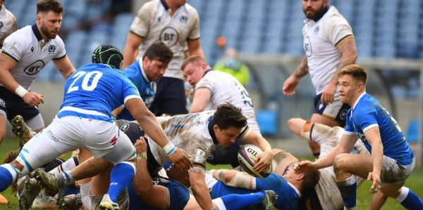 Rugby, Six Nations, Italy also crashed in Murrayfield, Scotland 52 to 10.  Planted