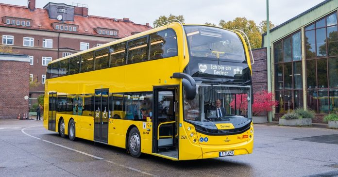 BVG orders 198 double deckers from Scotland