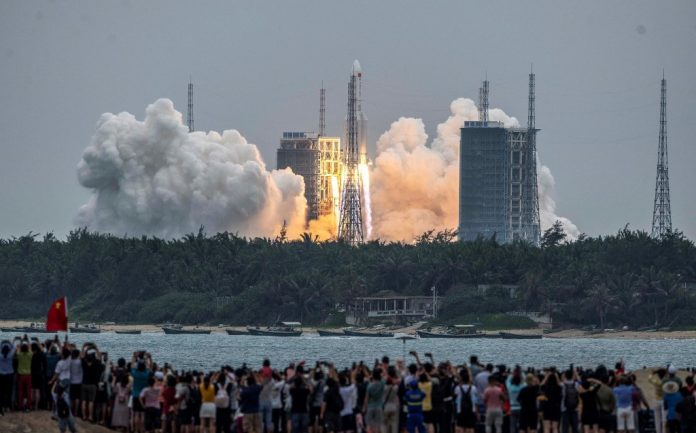 Chinese space rocket officially lands on Indian Ocean