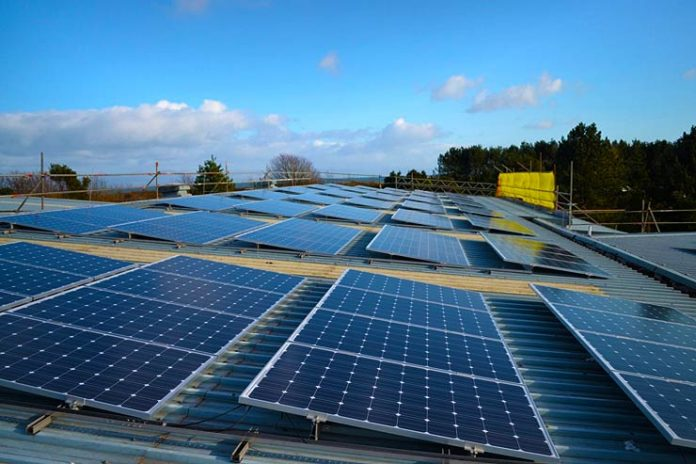 Reducing the carbon emissions of UK buildings