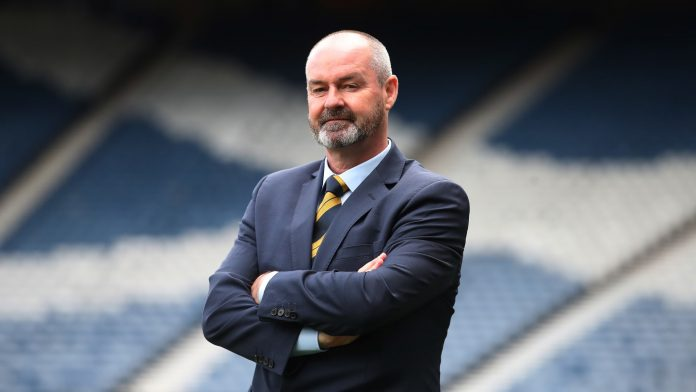 2022 FIFA World Cup™ - News - Clarke brings Scotland back into the big leagues