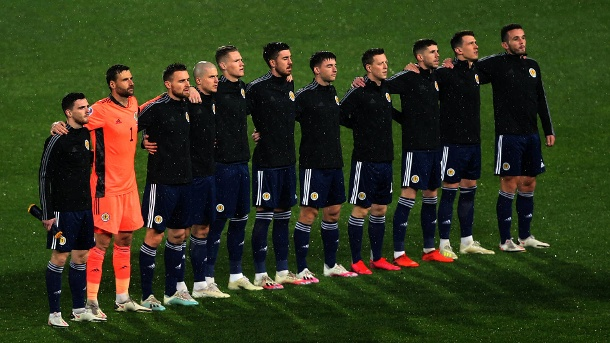 The Scottish national team ahead of the World Cup qualifier against Serbia on November 12, 2020.  (Source: Imago Images / Aleksandr Jorovic)