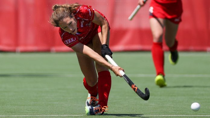 Can the Red Panthers score a feat against the Dutch?  (live video at 4 pm)