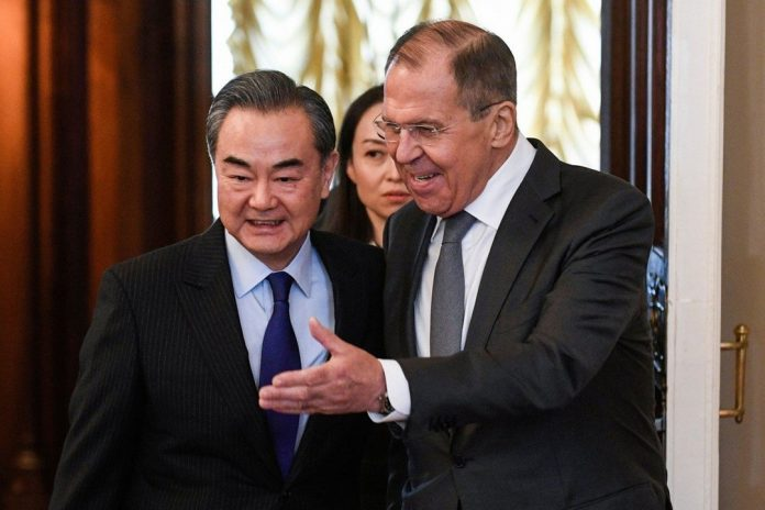 China calls on Russia to join forces to deal with America  world