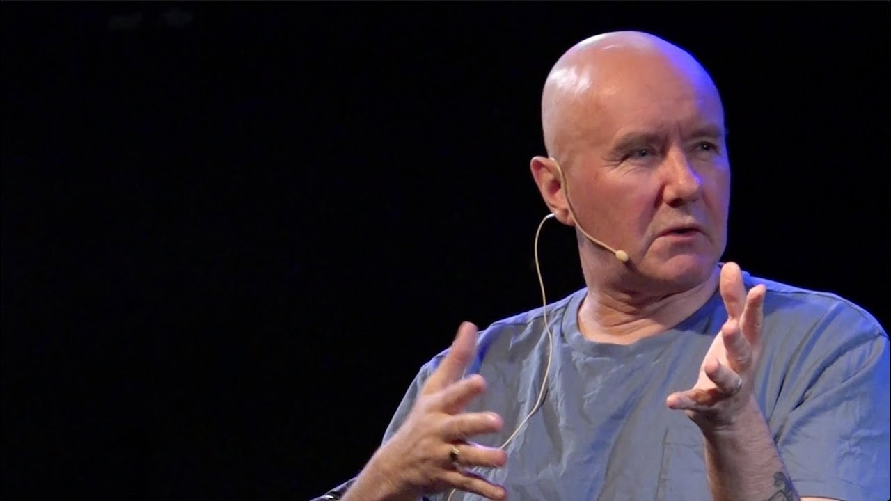 Irvine Welsh: «Football is money today, I don't care anymore.  Superalloy?  This is nonsense