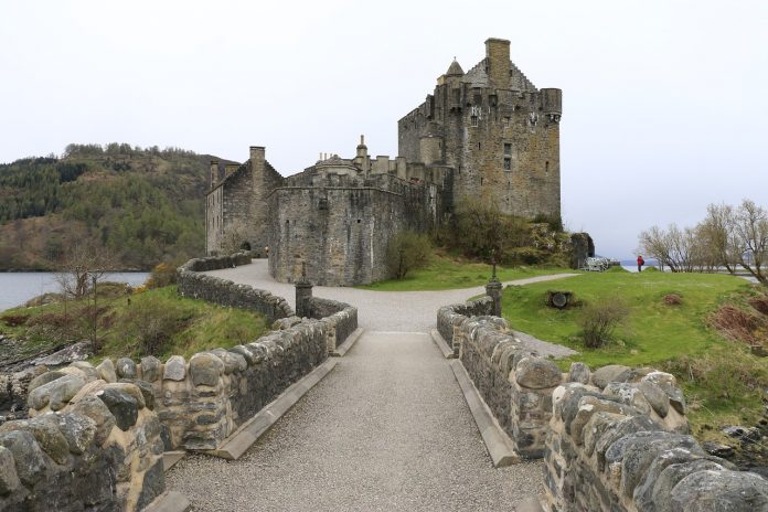 Scotland and Tiorum castles: what to see