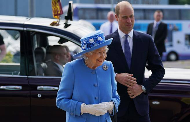 The Queen in Scotland, with her nephews William and Anna: the sympathetic operation - Corriere.it
