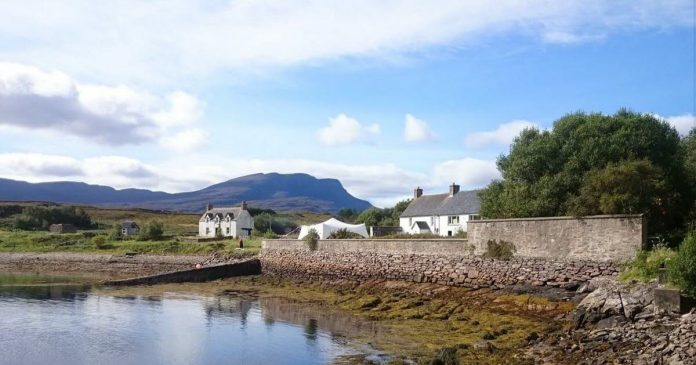 Unusual.  A dream job on an island in Scotland... without hot water or electricity