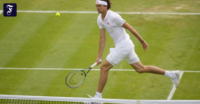 Zverev enters the third round with ease