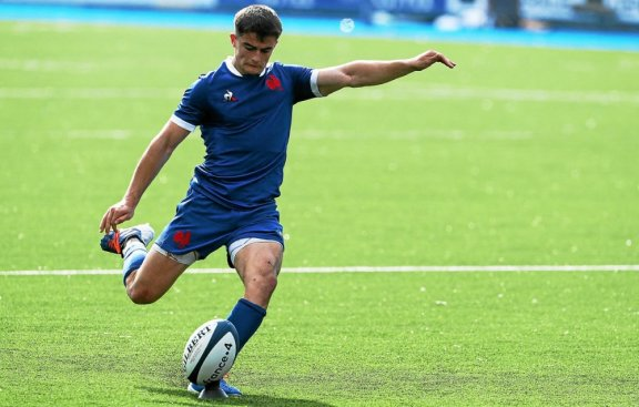 France's scrum-half Nolan Le Garek converts in an attempt during a Six Nations U20 rugby union match between France and Wales at Cardiff Arms Park, Cardiff, Wales on July 1, 2021.  / AFP / Geoff Caddick