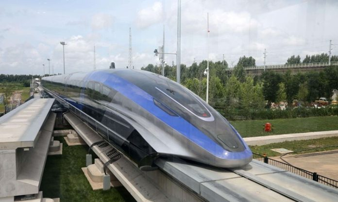 China unveils maglev train with a speed of 600 km/h