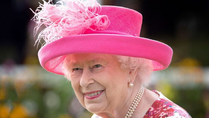 Queen Elizabeth II - Climate protection: The dirty special rule for the Queen