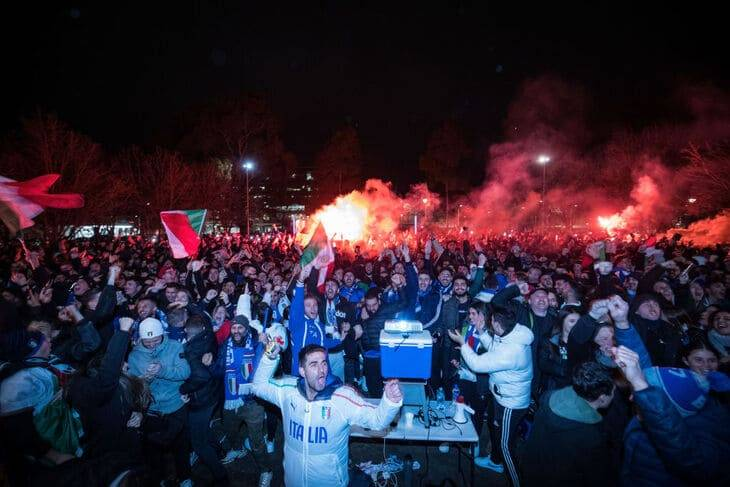 Party for Italy's victory in Melbourne