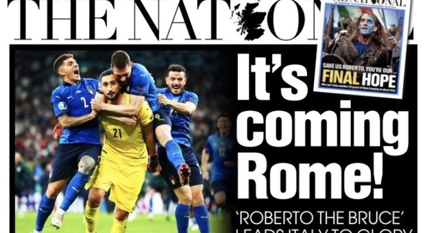 Euro 2020, Scots celebrate Italy's victory: the flag flies in Glasgow