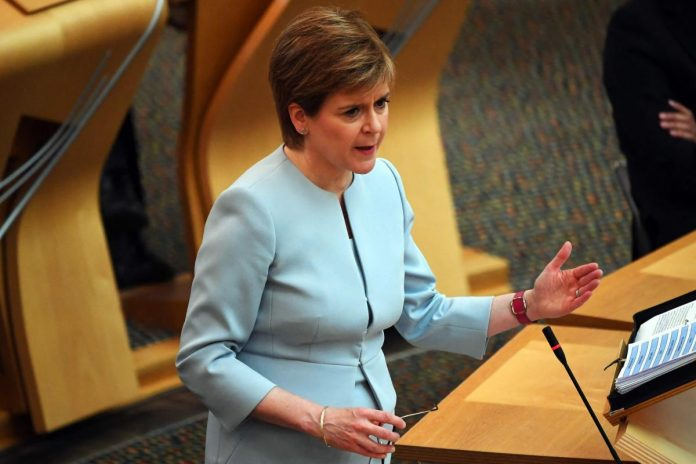 Majority for new independence vote in Scottish Parliament