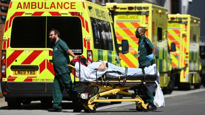 Sudden rise in number of Covid deaths led UK alarms hospital - Economics & Finance
