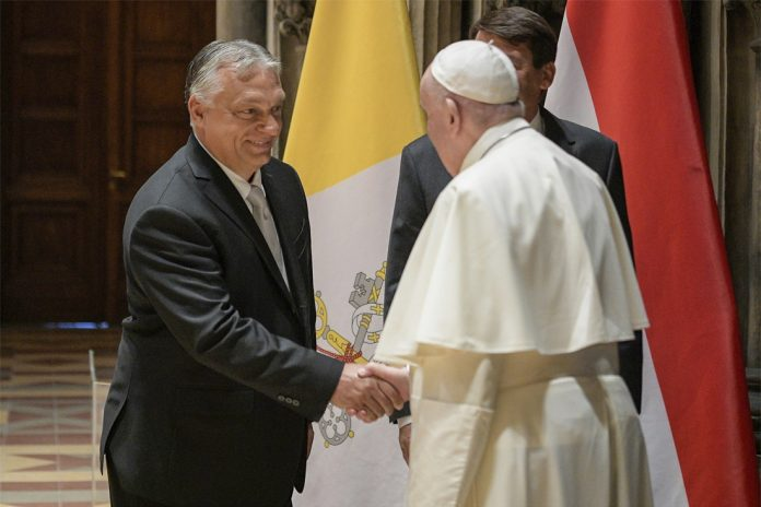 Pope Francis urges Hungary to be 'more open' to me...
