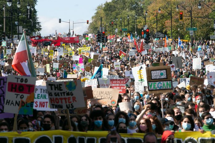 Thousands on March for Climate in Montreal