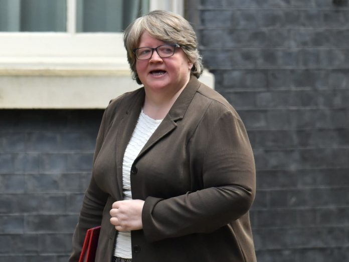 Government rejects UK call to maintain 'significant' growth in Universal Credit