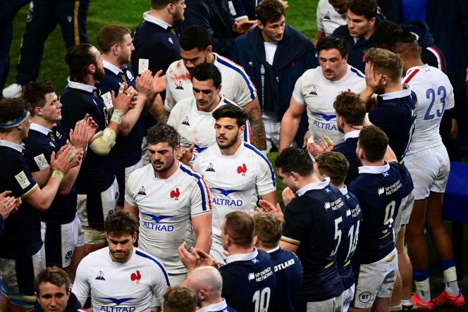 Scottish honors after XV du Chardon's victory (27-23) against France at the Stade de France on Friday 26 March.