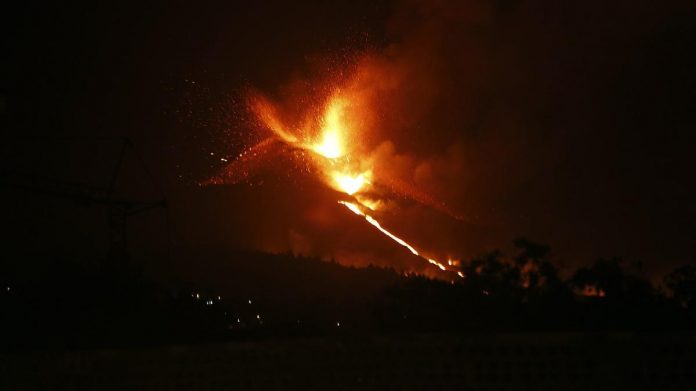 Lava doesn't stop flowing into the ocean.  La Palma authorities have ordered another lockdown